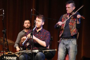 Andy Dalton, Chris McMullan Robert Peoples  -  Balkan Uilleann Sound